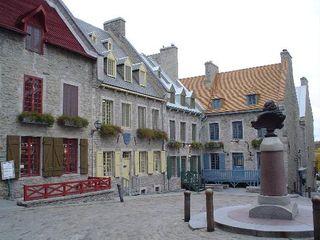 Place Royale et Louis XIV sur socle, un vieux pote à vous